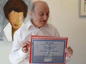 Pierre et son diplôme